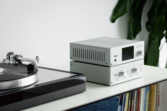 PhonoBoxRS2-7-lifestyle