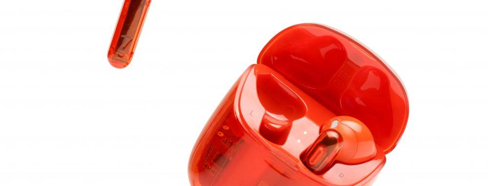 JBL_TUNE 225TWS Ghost_Product Image_Hero 2_Orange