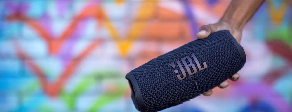374637-JBL Charge 5 Grafetti